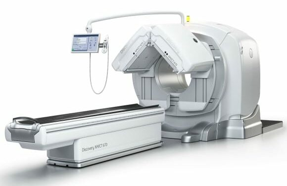 GE SPECT/CT System Combines Nuclear Medicine and CT Technology