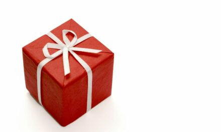 AAMI Publishes List of 10 Holiday Gifts for Biomeds