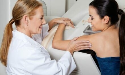RSNA News: Study Finds No Evidence for Age-Based Mammography Cutoff
