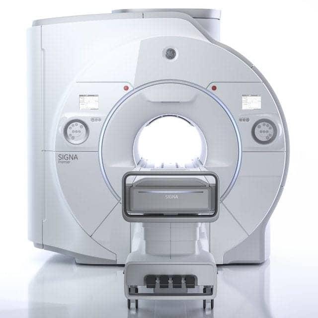 GE Displays Wide Bore 3T MRI System at ISMRM