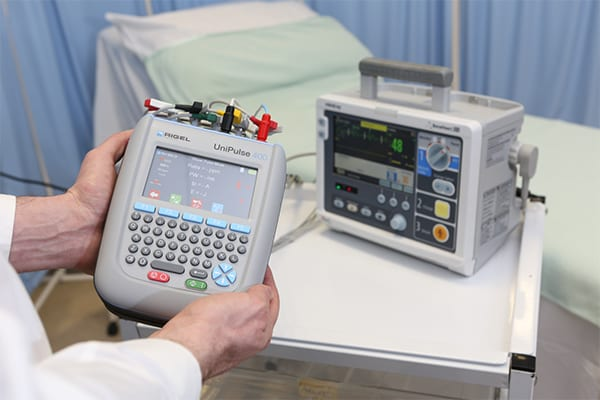 Rigel Medical's UniPulse 400 Defibrillator Analyzer