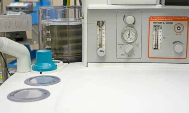 New York Repair Techs Want Access to Ventilator Manuals, Schematics