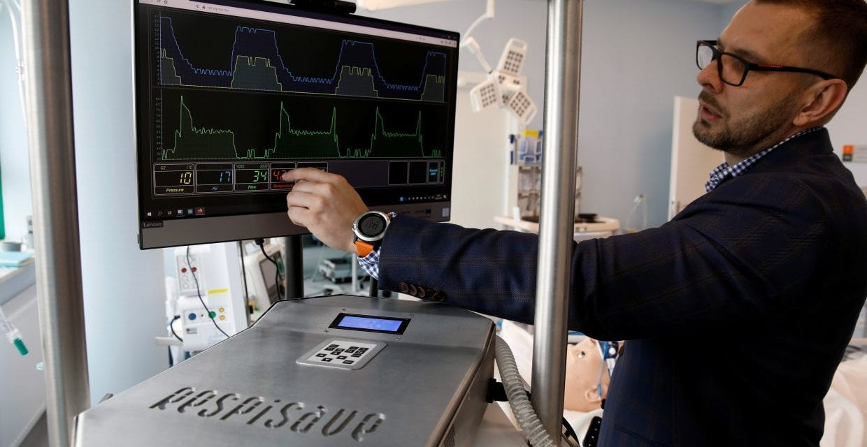 Polish Scientists Design Remote-Controlled Ventilator to Fight COVID-19