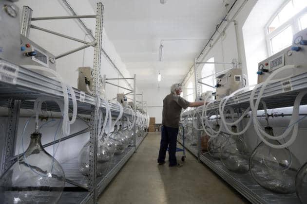 Czech Volunteers Develop Functioning Ventilator in Days