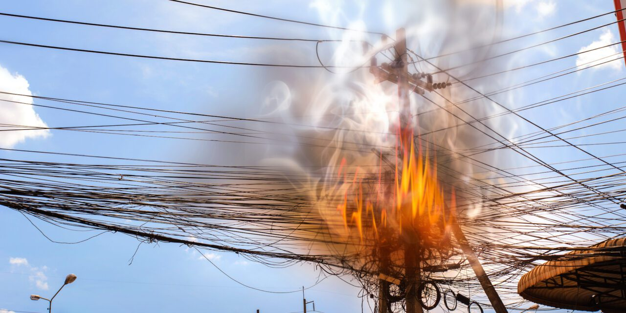 Sentara Norfolk General on Back-up Power After Electrical Pole Catches Fire Nearby